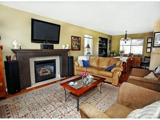Photo 2: Photos: 35293 BELANGER Drive in Abbotsford: Abbotsford East House for sale : MLS®# F1306668