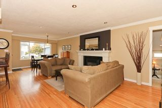 "Photo 5: 1708 DUNCAN Drive in Tsawwassen: Beach Grove House for sale in ""BEACH GROVE"" : MLS®# V868678"