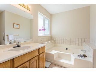 """Photo 16: 39 3292 VERNON Terrace in Abbotsford: Abbotsford East Townhouse for sale in """"Crown Point Villas"""" : MLS®# R2604950"""