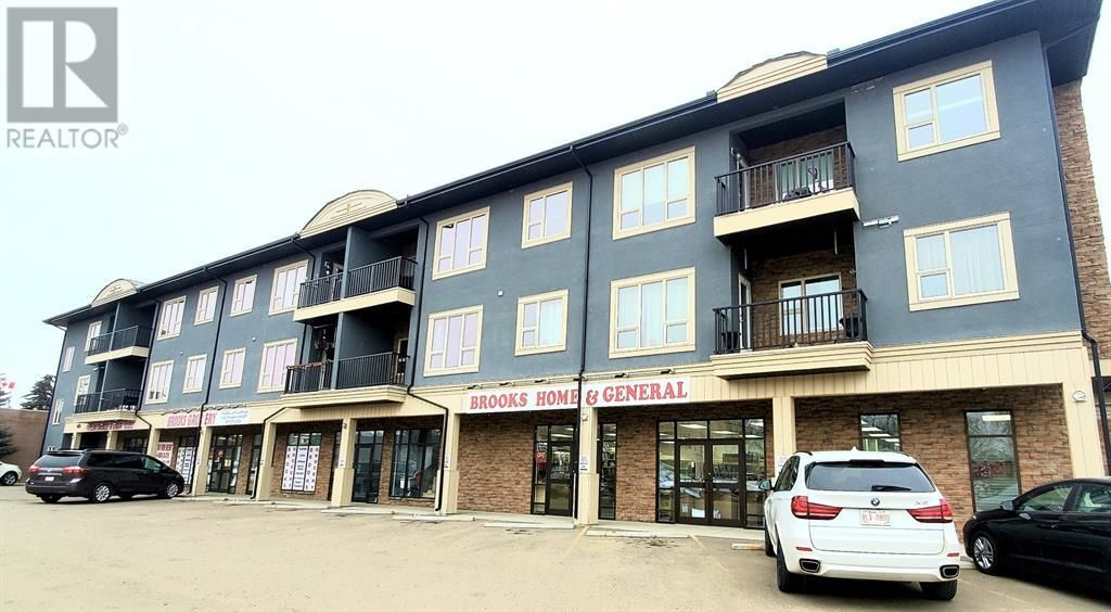 Main Photo: 21, 330 2 Street W in Brooks: Condo for sale : MLS®# A1077872