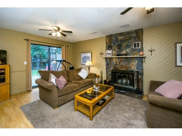 Photo 12: Photos: 5926 183 Street in Surrey: Cloverdale BC House for sale : MLS®# R2028252