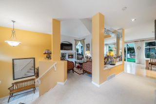 Photo 3: 15497 ROSEMARY HEIGHTS Crescent in Surrey: Morgan Creek House for sale (South Surrey White Rock)  : MLS®# R2625381