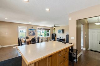 Photo 3: 804 RUNDLECAIRN Way NE in Calgary: Rundle Detached for sale : MLS®# A1124581