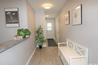 Photo 2: 1107 Centre Street in Nipawin: Residential for sale : MLS®# SK865816