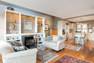 Photo 3: 963 W 8 Avenue in Vancouver: Fairview VW House for sale (Vancouver West)  : MLS®# R2147531