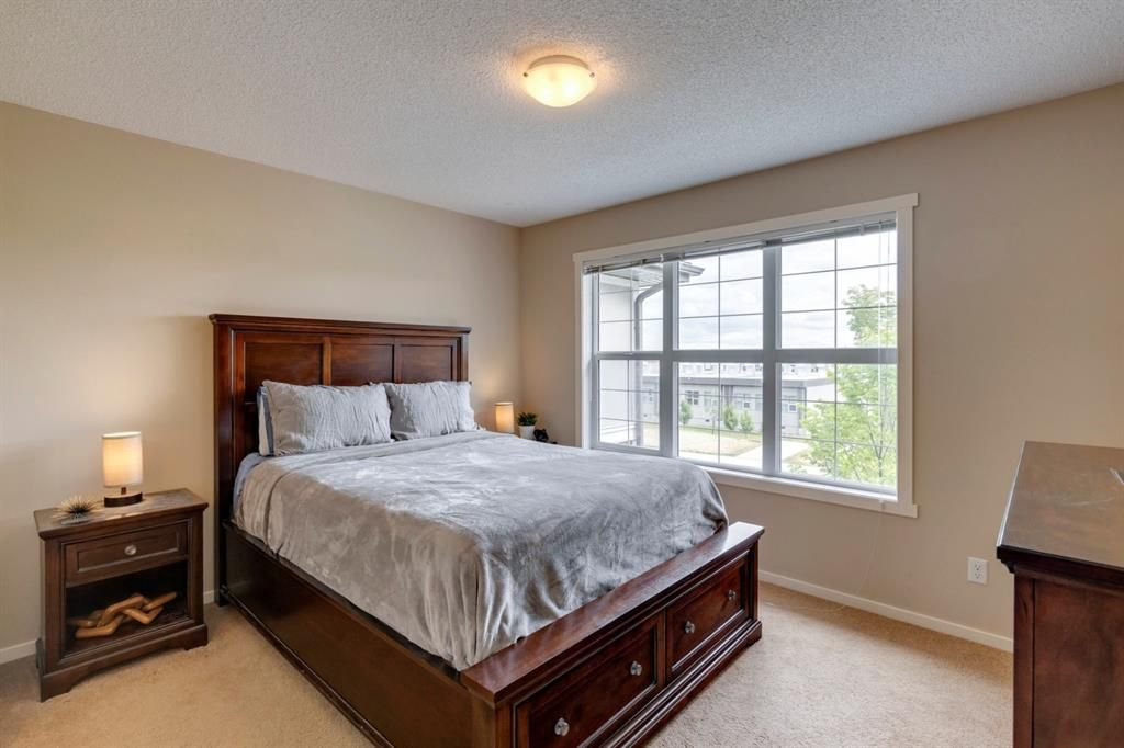 Photo 15: Photos: 33 Marine Drive SE in Calgary: Mahogany Row/Townhouse for sale : MLS®# A1124015