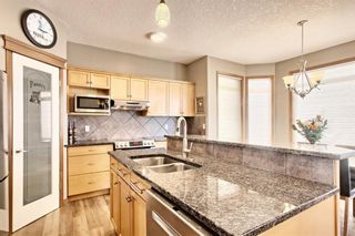 Photo 9: 10379 Rockyledge Street NW in Calgary: Rocky Ridge Detached for sale : MLS®# A1060914