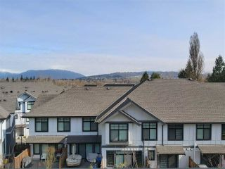 """Photo 15: 8 5122 CANADA Way in Burnaby: Burnaby Lake Townhouse for sale in """"SAVILE ROW"""" (Burnaby South)  : MLS®# R2561631"""
