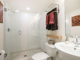 "Photo 10: 854 W 6TH Avenue in Vancouver: Fairview VW Townhouse for sale in ""BOXWOOD GREEN"" (Vancouver West)  : MLS®# R2184606"