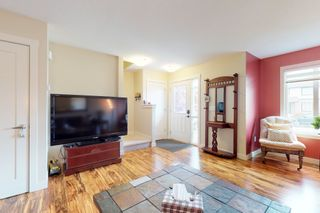 Photo 6: 120 Cy Becker BLVD in Edmonton: House Half Duplex for sale : MLS®# E4182256