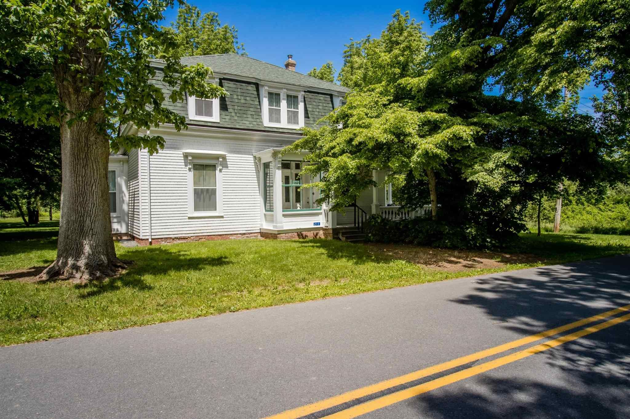 Main Photo: 211 Old Post Road in Grand Pré: 404-Kings County Residential for sale (Annapolis Valley)  : MLS®# 202110077