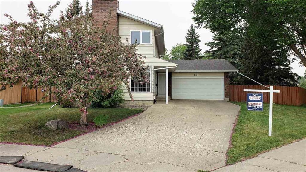 Main Photo: 1124 68 Street in Edmonton: Menisa House for sale : MLS®# e4159697