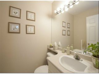 """Photo 12: 1534 BEST Street: White Rock Townhouse for sale in """"The Courtyards"""" (South Surrey White Rock)  : MLS®# F1316341"""