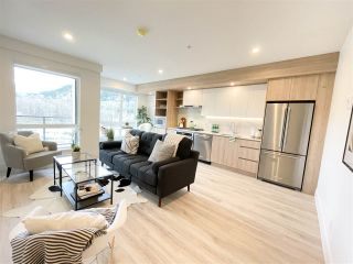 """Photo 3: 524 38362 BUCKLEY Avenue in Squamish: Downtown SQ Condo for sale in """"Jumar"""" : MLS®# R2533886"""