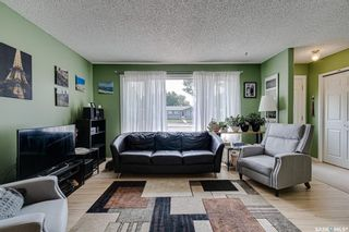 Photo 3: 3806 Diefenbaker Drive in Saskatoon: Confederation Park Residential for sale : MLS®# SK864052