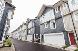 """Photo 38: 33 7665 209 Street in Langley: Willoughby Heights Townhouse for sale in """"ARCHSTONE YORKSON"""" : MLS®# R2307315"""