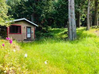 Photo 3: 552 AYA REACH Road: Mayne Island House for sale (Islands-Van. & Gulf)  : MLS®# R2595639
