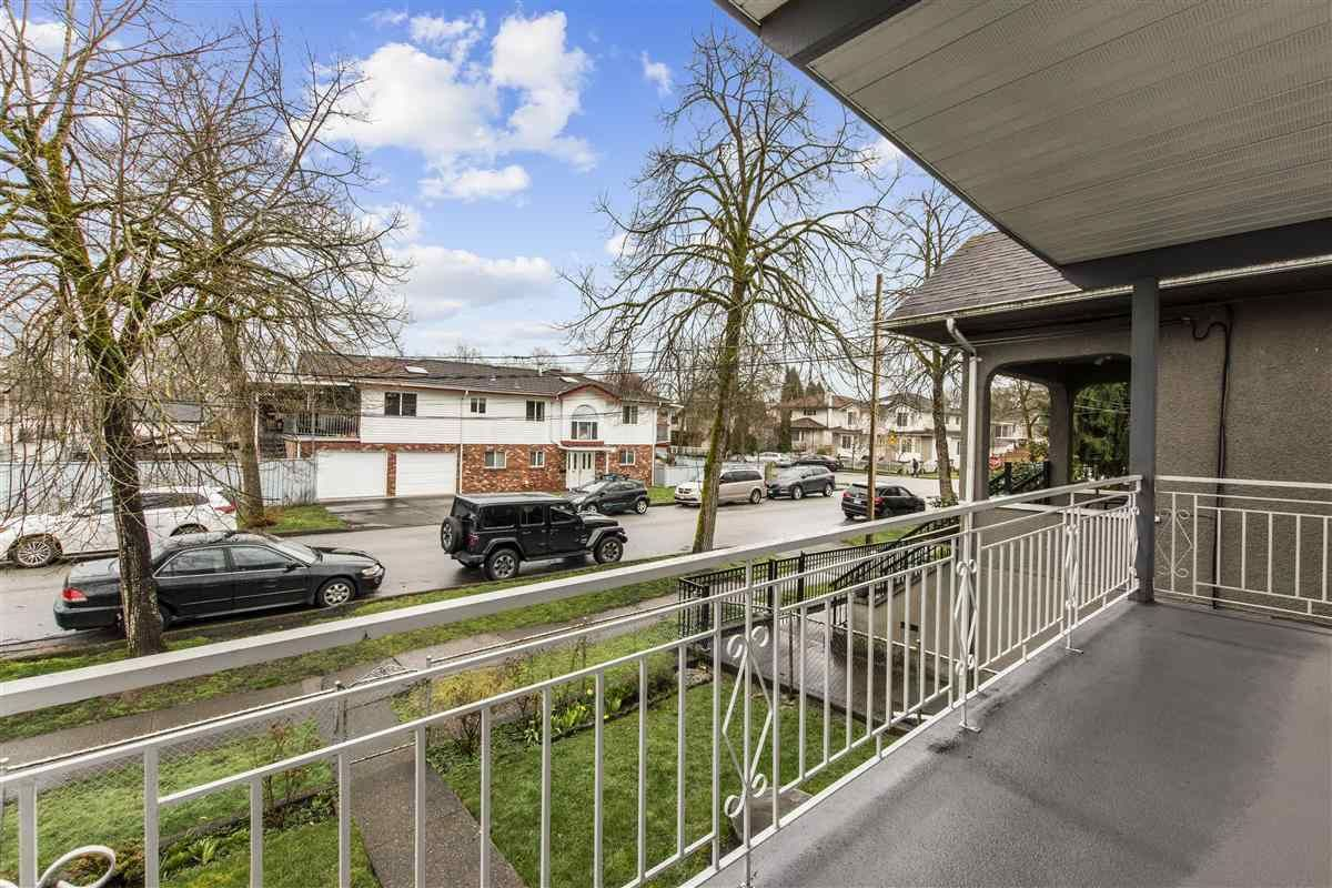 Photo 5: Photos: 3225 ST GEORGE Street in Vancouver: Fraser VE House for sale (Vancouver East)  : MLS®# R2579975