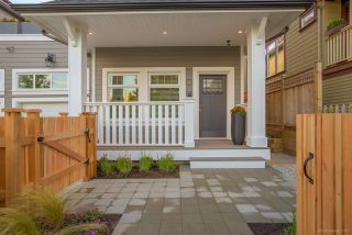 Photo 3: 2645 LAKEWOOD Drive in Vancouver: Grandview VE 1/2 Duplex for sale (Vancouver East)  : MLS®# R2202147
