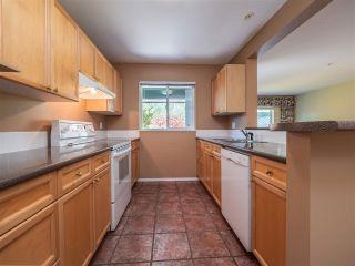 "Photo 4: 110 5711 EBBTIDE Street in Sechelt: Sechelt District Townhouse for sale in ""EBBTIDE PLACE"" (Sunshine Coast)  : MLS®# R2570212"