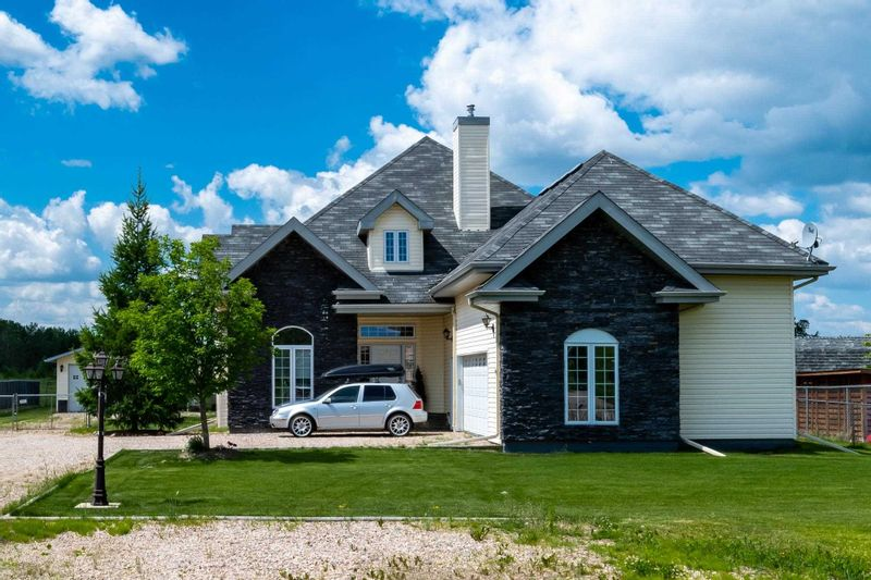 FEATURED LISTING: 2910 Drake Drive Cold Lake