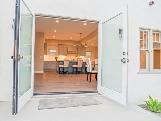 Photo 7: POINT LOMA House for sale : 4 bedrooms : 3420 Macaulay in San Diego