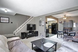 Photo 8: 22 3809 45 Street SW in Calgary: Glenbrook Row/Townhouse for sale : MLS®# A1090876