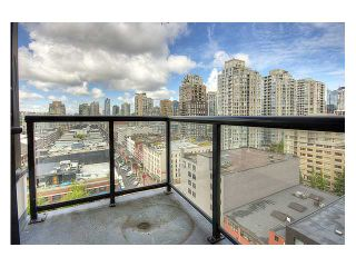 """Photo 7: # 1410 977 MAINLAND ST in Vancouver: Downtown VW Condo for sale in """"YALETOWN PARK 3"""" (Vancouver West)  : MLS®# V836705"""
