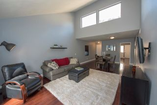 Photo 7: SCRIPPS RANCH Townhouse for sale : 2 bedrooms : 9934 Caminito Chirimolla in San Diego