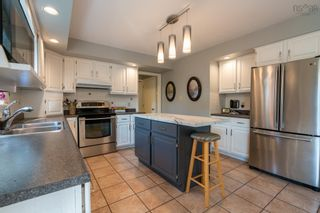 Photo 7: 38 Riverview Crescent in Bedford: 20-Bedford Residential for sale (Halifax-Dartmouth)  : MLS®# 202125879