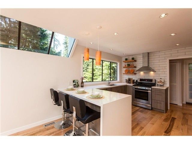 "Photo 15: Photos: 1810 RIVERSIDE Drive in North Vancouver: Seymour House for sale in ""RIVERSIDE"" : MLS®# V1130790"
