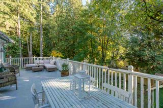 Photo 2: 461 E ST. JAMES ROAD in North Vancouver: Upper Lonsdale House for sale : MLS®# R2217635