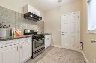 Photo 11: 1197 HOLLANDS Way in Edmonton: Zone 14 House for sale : MLS®# E4242698
