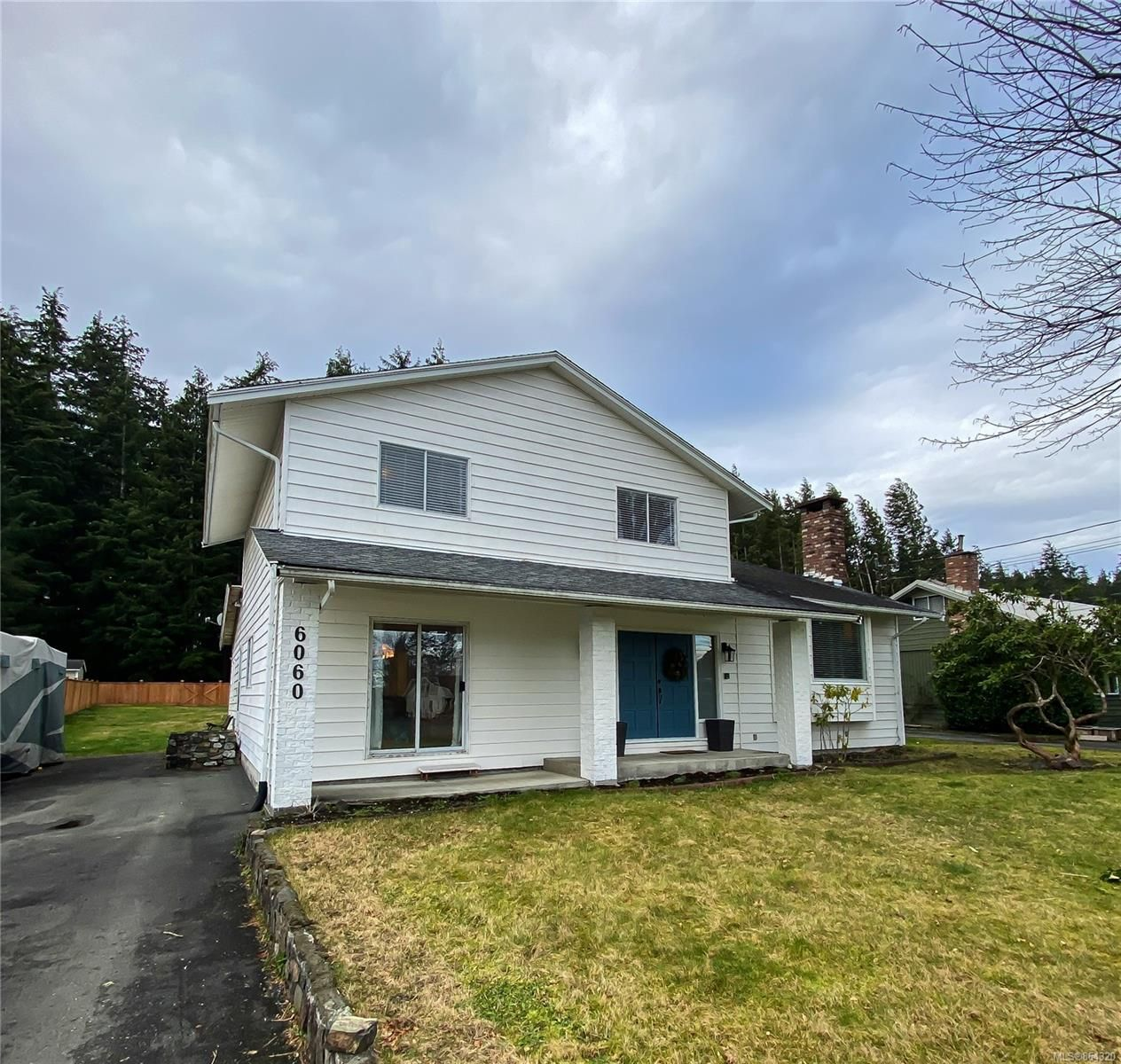 Main Photo: 6060 Beaver Harbour Rd in : NI Port Hardy House for sale (North Island)  : MLS®# 864320