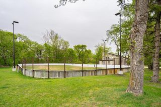 Photo 41: 530 Oakenwald Avenue in Winnipeg: Wildwood Residential for sale (1J)  : MLS®# 202112079