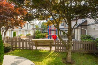 """Photo 2: 27 7333 TURNILL Street in Richmond: McLennan North Townhouse for sale in """"PALATINO"""" : MLS®# R2196878"""