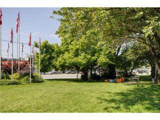 "Photo 19: 818 E 20TH Avenue in Vancouver: Fraser VE House for sale in ""FRASER"" (Vancouver East)  : MLS®# V1069306"