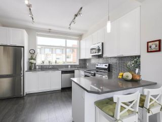 """Photo 9: 222 2228 162 Street in Surrey: Grandview Surrey Townhouse for sale in """"BREEZE"""" (South Surrey White Rock)  : MLS®# R2181833"""