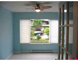 Photo 5: 102 15070 Prospect Avenue in Los Arcos: White Rock Home for sale ()  : MLS®# F2620635