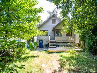 Photo 15: 1969 E 8TH Avenue in Vancouver: Grandview VE House for sale (Vancouver East)  : MLS®# V1130706