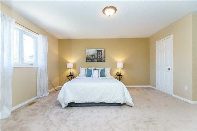 Photo 13: Photos: 40 Wells Crescent in Whitby: Brooklin House (2-Storey) for sale : MLS®# E4187338