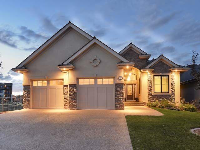Main Photo: 1188 ADAMSON Drive in Edmonton: Zone 55 House for sale : MLS®# E4226534
