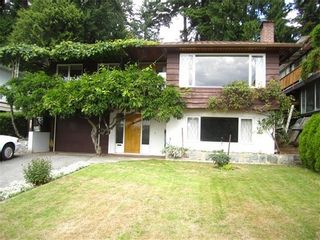 Photo 3: 1040 17TH Street W in North Vancouver: Home for sale : MLS®# V1025491