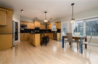 Photo 10: 1548 STRATHCONA Drive SW in Calgary: Strathcona Park Detached for sale : MLS®# C4292231