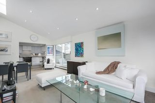 """Photo 4: 401 1340 DUCHESS Avenue in West Vancouver: Ambleside Condo for sale in """"Duchess Lane"""" : MLS®# R2594864"""