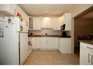 Photo 7: 391 Dubuc Street in WINNIPEG: St Boniface Residential for sale (South East Winnipeg)  : MLS®# 1406279