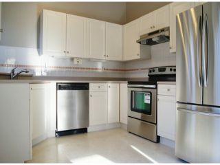 """Photo 4: 1 11952 64TH Avenue in Delta: Sunshine Hills Woods Townhouse for sale in """"Sunwood Place"""" (N. Delta)  : MLS®# F1400942"""