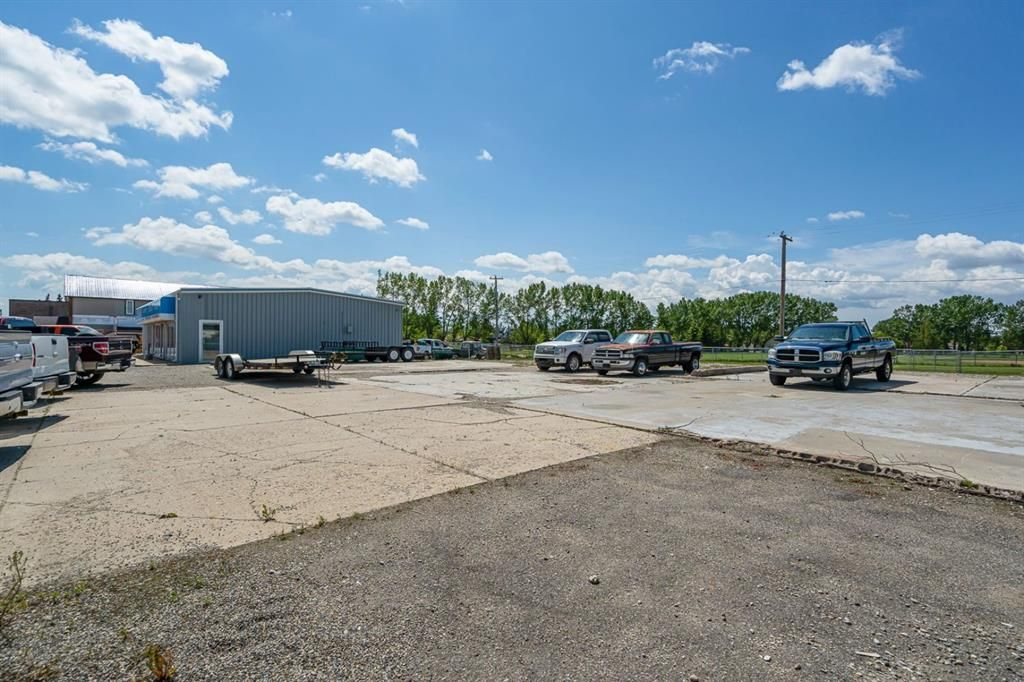Main Photo: 413 10 Avenue S: Carstairs Commercial Land for sale : MLS®# A1147415