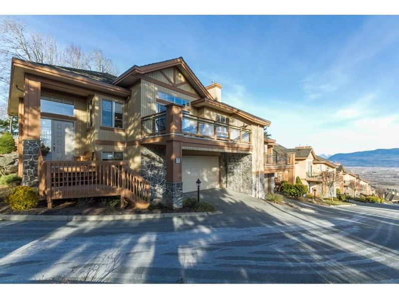 FEATURED LISTING: 1 - 35931 EMPRESS Drive Abbotsford