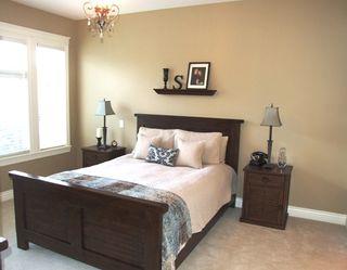 Photo 14: 5688 152 Street in SULLIVAN GATE: Home for sale